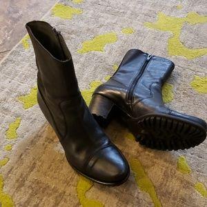 Black Biviel midcalf boots